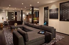 Contemporary Living Room with Hardwood floors, Hayden Fabric Bench, Carpet, Napa Charcoal/Beige Area Rug, High ceiling
