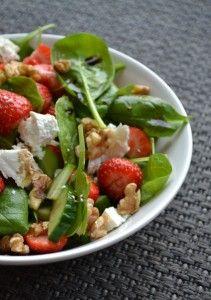 Zomerse Spinazie Salade met Aardbeien en Balsamico - Blij Suikervrij