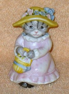 RARE VINTAGE KITTY CUCUMBER PRISCILLA IN EASTER DRESS WITH BASKET OF EGGS