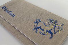 Serviettentasche mit Wunschname und Sternzeichen, Leinen, Leinentasche, Tasche aus Leinen, Tasche bestickt, Stofftasche von Schrejderiha auf Etsy