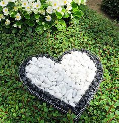Precious Tips for Outdoor Gardens - Modern Angel Flowers, Grave Flowers, Cemetery Flowers, Funeral Flowers, Cemetary Decorations, Memorial Flowers, Backyard Landscaping, Outdoor Gardens, Garden Design