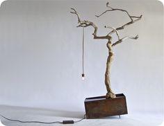 Amazing tree light; Manoteca