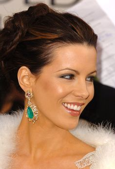 Check out production photos, hot pictures, movie images of Kate Beckinsale and more from Rotten Tomatoes' celebrity gallery! Beautiful Smile, Beautiful People, Underworld Kate Beckinsale, Kate Beckinsale Pictures, Celebrity Gallery, Portraits, Beautiful Actresses, Pretty Face, Gorgeous Women