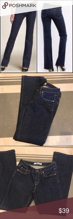 """J Brand Scarlett Bootcut Jeans Dark Wash Size 29 New without tags. Never worn. Dark wash with gold stitching. Approx measurements: length-42"""" inseam-31.5"""" rise-8.5"""" J Brand Jeans Boot Cut"""