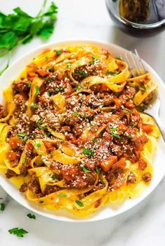 Turkey bolognese is an easy and healthy pasta sauce recipe. The thick, rich sauce tastes like it's been simmering all day, but it's ready in 45 minutes. Perfect for a weeknight dinner! Healthy Alfredo Sauce Recipe, Healthy Pasta Sauces, Pasta Sauce Recipes, Healthy Pastas, Spaghetti Recipes, Recipe Pasta, Healthy Foods, Healthy Italian Recipes, Healthy Dinner Recipes