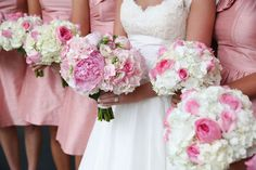 Charleston weddings. Copyright Jennifer Bearden Photography #weddings #charleston #chs #photography #pink #white