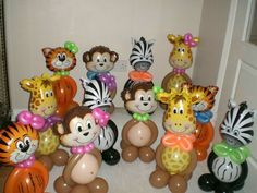 animal centerpieces (can hold helium-filled balloons in hands) - Balloon Decorations 🎈 Party Animals, Balloon Animals, Animal Party, Animal Balloons, Jungle Animals, Jungle Balloons, Helium Filled Balloons, Safari Party, Jungle Safari