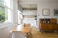 light-filled living room and kitchen in 1bed flat on Lyme Street, London NW1 - 34663249 - Zoopla