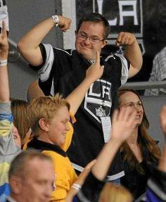 LA Kings hockey coach Darryl Sutter's pride isn't Stanley Cup, it's his son Chris. He is so adorable! Hockey Coach, Hockey Players, Happy Birthday Chris, Ontario Reign, La Kings Hockey, Lets Go Pens, King Baby, Los Angeles Kings, Win Or Lose