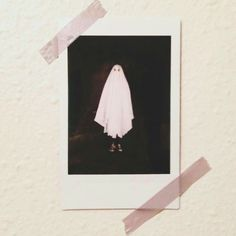 Find images and videos about photography, photo and Halloween on We Heart It - the app to get lost in what you love. Creepy, Scary, Photographie Indie, Niklas, Ghost Photos, Polaroid Pictures, Kawaii, Beetlejuice, Pics Art
