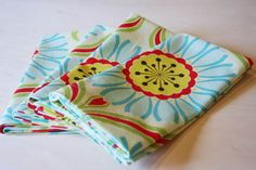 DIY Spring Cloth napkins - how to sew mitered corners