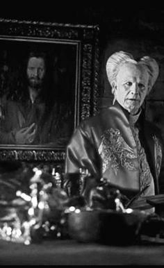 """Drácula (Gary Oldman en """"Drácula"""", 1992). Confira os nossos artigos dedicados aos Filmes de Terror em http://mundodecinema.com/category/filmes-de-terror/"""