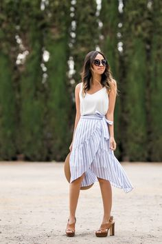 Spring Summer 2019 Fashion Trends Jeans on Latest Summer Fashion Trends Summer Fashion Lab Lim for Summer Fashion Modest most Summer Fashion Spain Striped Skirt Outfit, Stripe Skirt, Ruffle Skirt, Dress Skirt, Ruffles, Summer Fashion Trends, Spring Summer Fashion, Date Outfits, Fashion Outfits
