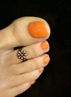 Toe Ring Copper Daisy Metal Glass Bead Toe Ring by FancyFeetBoutique, $4.00