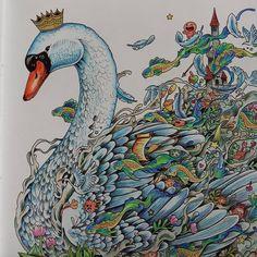 "Páči sa mi to: 51, komentáre: 1 – Stanka (@stanislava007) na Instagrame: ""Blue swan.  Imagimorphia_Kerby Rosanes #colouring #coloringtherapy #coloraddict #coloringbooks…"""