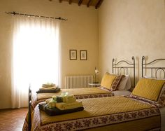 Villa Montecastello is een luxe Agriturismo die haar bezoekers een authentieke en unieke ervaring rond eten en wijn biedt. De villa is prachtig gelegen op een heuvel omgeven door olijfbomen,...