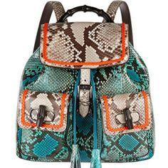 The best hands-free handbags for summer.