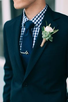 6 Succulent Boutonnieres That Will Look Amazing on Your Guy   Brides.com
