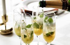 Mousserande drink med gin och apelsin