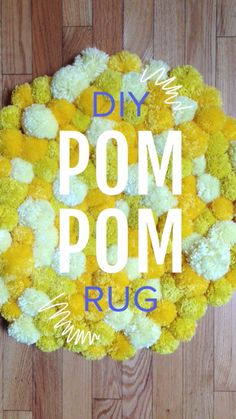 DIY Pom Pom Rug: uses non-slip rug liner to tie the pompoms onto.Save money by DIY-ing your own super soft Pom-Pom rug!DIY Pom Pom Rug - Want to do this with Navy, Mint, and White:)DIY Pom Pom Rug I can think of quite a few people who would love to g Diy Pom Pom Rug, Pom Pom Crafts, Yarn Crafts, Dorm Rugs, Sewing Projects, Craft Projects, Pom Pom Maker, Creation Deco, Diy Home Crafts