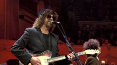 playing a telecaster | Fender '62 Custom Telecaster jeff lynne
