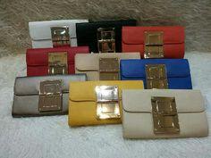 Clutch bag rotate ada tali panjang harga 200rb, pemesanan melalui sms atau whatsapp ke 081554469976