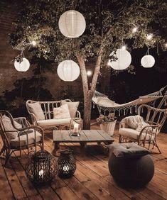 25 Coziest Backyard Decoration Ideas - Eweddingmag.com