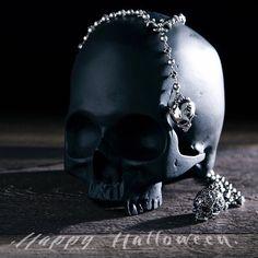 A A R O N and R E M I Rosary Necklace. Trick or treat yo' self this Halloween @INGRIDJewelry #halloween #treatyoself #jewelry #silverjewelry #fashion #necklace #skull #macabre #instagood #potd #calilife #casualluxury #follow #ingridjewelry www.ingridjewelry.com