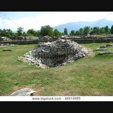 sarmizegetusa dacica THE RUINES - Google Search History Of Romania, Golf Courses, Google Search, Plants, Travel, Ruins, Viajes, Destinations, Plant