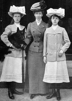 1908 Duchess of Fife with Daughters: Princesses Alexandra & Maud