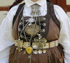 Skånska dräktsmycken - traditional jewelry (and dress) from southern part of Sweden - Skåne