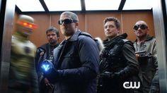 Arrow & The Flash - Three Minute Fight Club