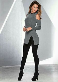 Night out on the town anyone? 🙂 Venus piped turtleneck sweater with Venus slim… Night out on the town anyone? :] Venus piped turtleneck sweater with Venus slimming stretch jeggings and Venus embellished evening bootie. Mode Outfits, Sexy Outfits, Casual Outfits, Fashion Outfits, Fashion Tips, Fashion Design, Fashion Trends, Ladies Outfits, Fashion Quotes