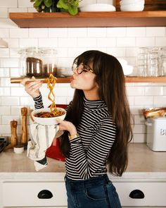 Jan 2019 - Striped turtleneck and glasses - long hair - casual style - Short Bob Hairstyles, Hairstyles With Bangs, Wedding Hairstyles, Bangs Hairstyle, Woman Hairstyles, Hairstyles With Glasses, Hair Bangs, Curly Hair, Bangs And Glasses