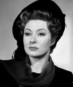 The love of my life... There is no woman I've seen who I find more beautiful & elegant. Oh Greer Garson... amazing!