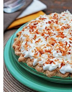 The Best Coconut Cream Pie Coconut Cream Pie made with coconut milk or coconut cream-- Desserts NOTE: used coconut cream ( 2 cups) + whole milk; regular sweetened coconut inside and toasted on top of the whipped cream Coconut Cream Dessert, Best Coconut Cream Pie, Coconut Desserts, Coconut Recipes, Delicious Desserts, Coconut Cakes, Coconut Custard, Easy Desserts, Yummy Recipes