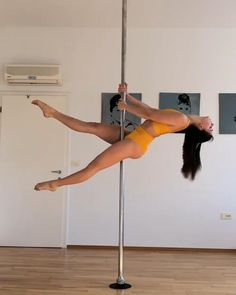 Pole Fitness Moves, Pole Dance Moves, Pole Dancing Fitness, Dance Tips, Dance Videos, Fitness Exercises, Workout Fitness, Boot Camp Workout, Running Workouts