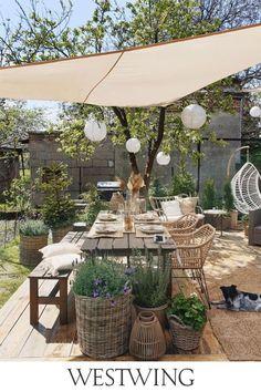 Moroccan Garden, Backyard Patio Designs, Outdoor Living, Outdoor Decor, Outdoor Gardens, Garden Design, Backyard Furniture, Garden Bathtub, Outdoors