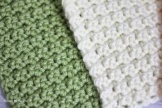 Before I show you how to make the squares, here is a little sneak peek of my Daisy Afghan! I am going to share the pattern with you but will need to do it in a 3-part series because I have loads of pictures, tutorials and instructions to show you. This post is Part 1: …