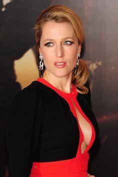 Gillian Anderson 49