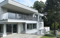 Mehrfamilienhaus in St. Gallen St Gallen, Outdoor Decor, Home Decor, Projects, Decoration Home, Room Decor, Home Interior Design, Home Decoration, Interior Design