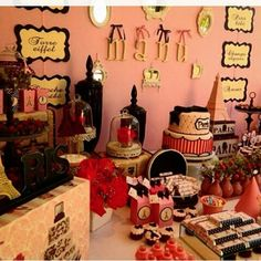 Paris....By @conceptparty #festaparis #umanoiteemparis #birthdayparty #decorparis #festademenina #festadeprincesa