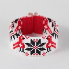 Items similar to Rio Grande Bead Loom Bracelet Bohemian Boho Artisanal Jewelry Indian Western Beaded Tribal Southwestern Turquoise Brown Santa Fe on Etsy Loom Patterns, Beading Patterns, Embroidery Patterns, Black Panthers, Cow Girl, Style Indien, Couture Main, Style Tribal, Chevron