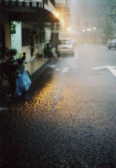 Rain storm I by Sean Lowcay (sealow08), via Flickr