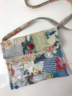 everything you need with hands free and close to the body. Re cycled fabric and funky stitching Fabric Handbags, Fabric Purses, Fabric Bags, Fabric Scraps, Patchwork Bags, Quilted Bag, Diy Bags Purses, Purses And Handbags, Boro