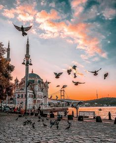 Ortakoy Mosque and the bridge gleaming under the last rays of sunlight. Mecca Wallpaper, Islamic Wallpaper, City Aesthetic, Travel Aesthetic, Mekka Islam, Mosque Architecture, Gothic Architecture, Ancient Architecture, Nature Photography