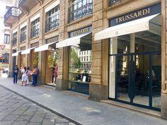insegne negozi, insegne per negozi, insegne luminose per negozi Milano