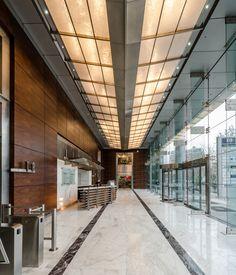 Aplicación 3form Cielo Hall de acceso edificio Birmann / Santiago, Chile