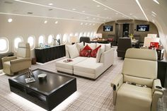 Boeing Dreamliner private jet is available to charter through PrivateFly. To hire Boeing Dreamliner for private flights call 7100 6960 Boeing Dreamliner. Jets Privés De Luxe, Luxury Jets, Luxury Private Jets, Private Plane, Arquitectura Wallpaper, Palais De Buckingham, Private Jet Interior, Private Flights, Boeing 787 Dreamliner