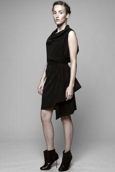 HARPUTS/OWN BLACK TENCEL 3HOLE DRESS